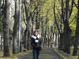 На дорожке в сквере Девичьего Поля