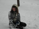 Передышка в снежковом бою