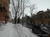 Казань в марте завалена снегом