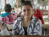 Девушка в летнем кафе
