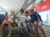 Дружба народов в аэропорту Тивата