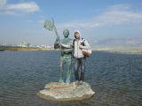 Памятник на Суджукской косе