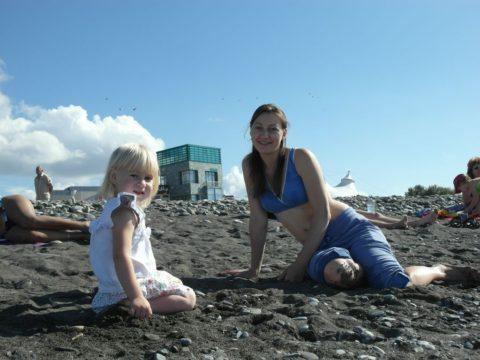 На пляже напротив Мандарина