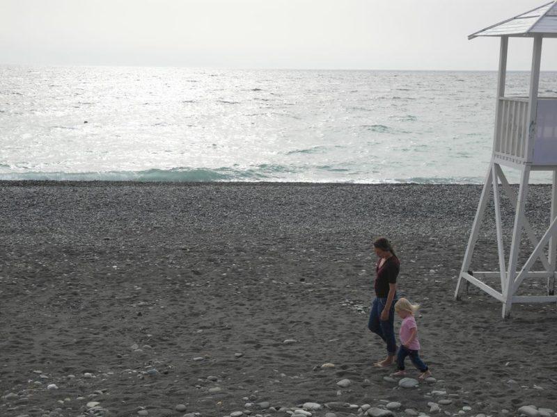 Пляж напротив образовательного центра Сириус