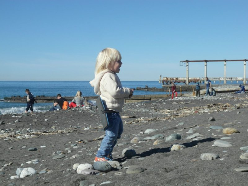 На пляже в Адлере
