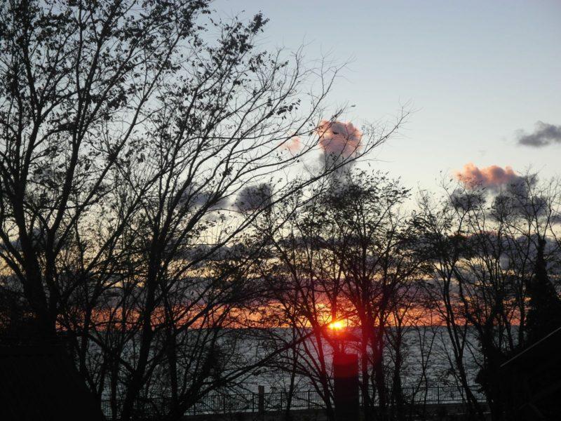 Морской закат с нашей террасы