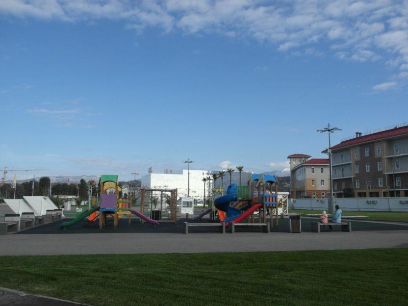 Детская площадка в Олимпийском парке