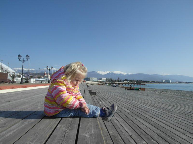 Деревянные настилы на берегу моря, 7 февраля